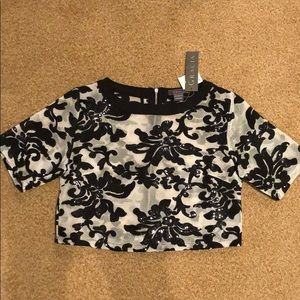 Gracia cropped netted sequin top